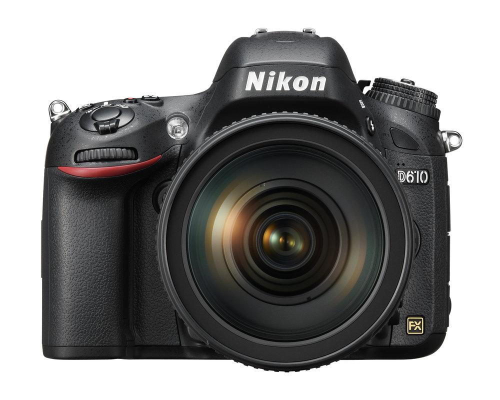 Nikon D610 widok z przodu