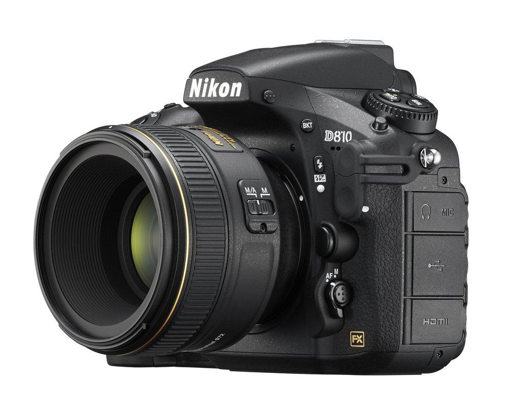 Nikon D810 widok z boku